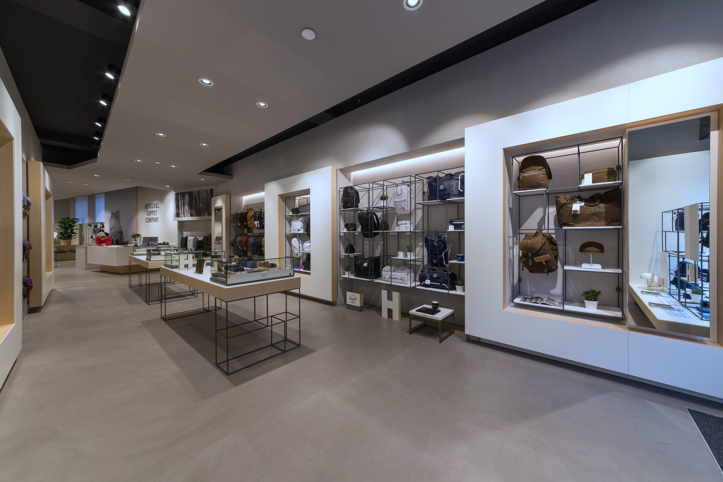 Herschel Supply – Milan Flagship